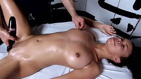 Tantric Rub-down 96 - 18 Year Old Has Intense G Proclamation Orgasms Fucks Masseuse