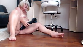naughty mom MILF jamey wet twat together with feet
